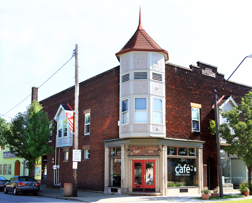 Arts Collinwood - Gallery &amp; Cafe